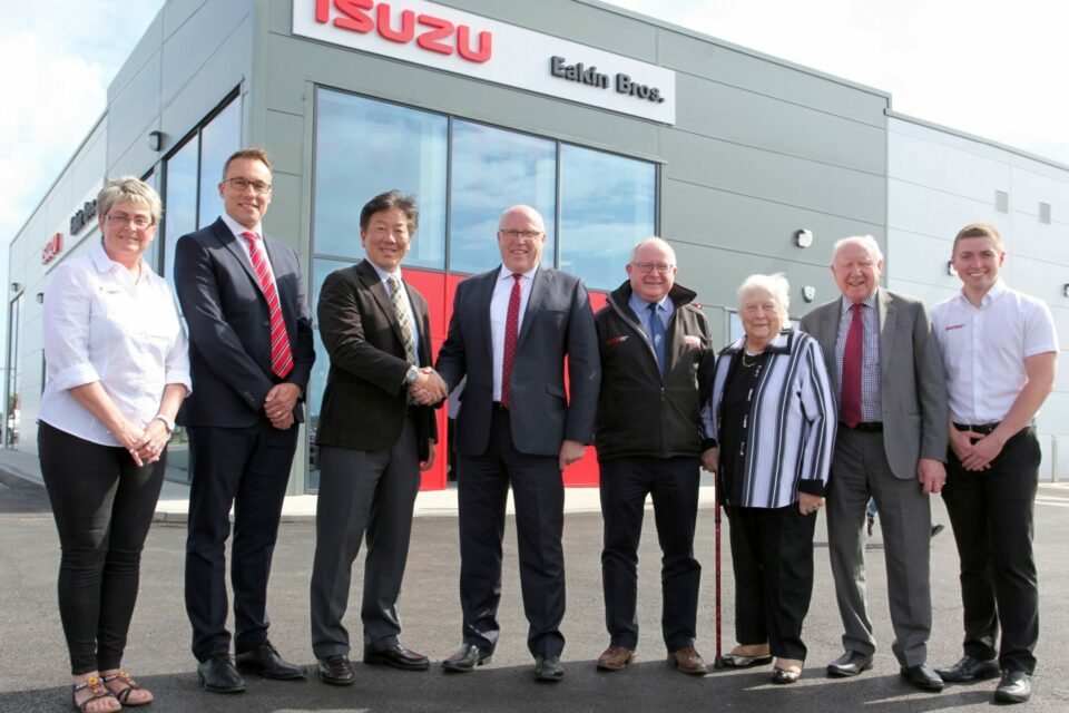 Double Delights – Two Isuzu Managing Directors Open Two New Isuzu Premises in NI